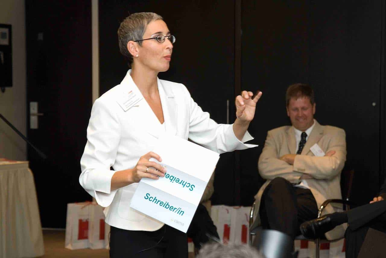 Carole-Maleh-Moderation-Konferenz
