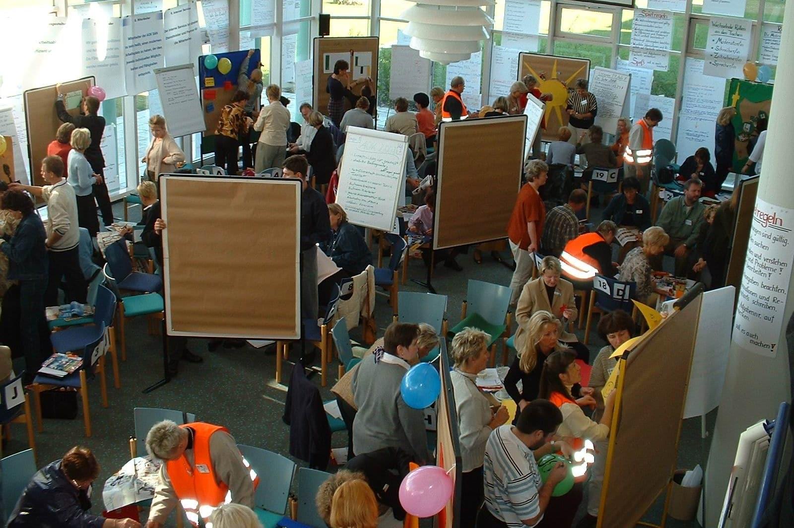 Szene Großgruppenkonferenz