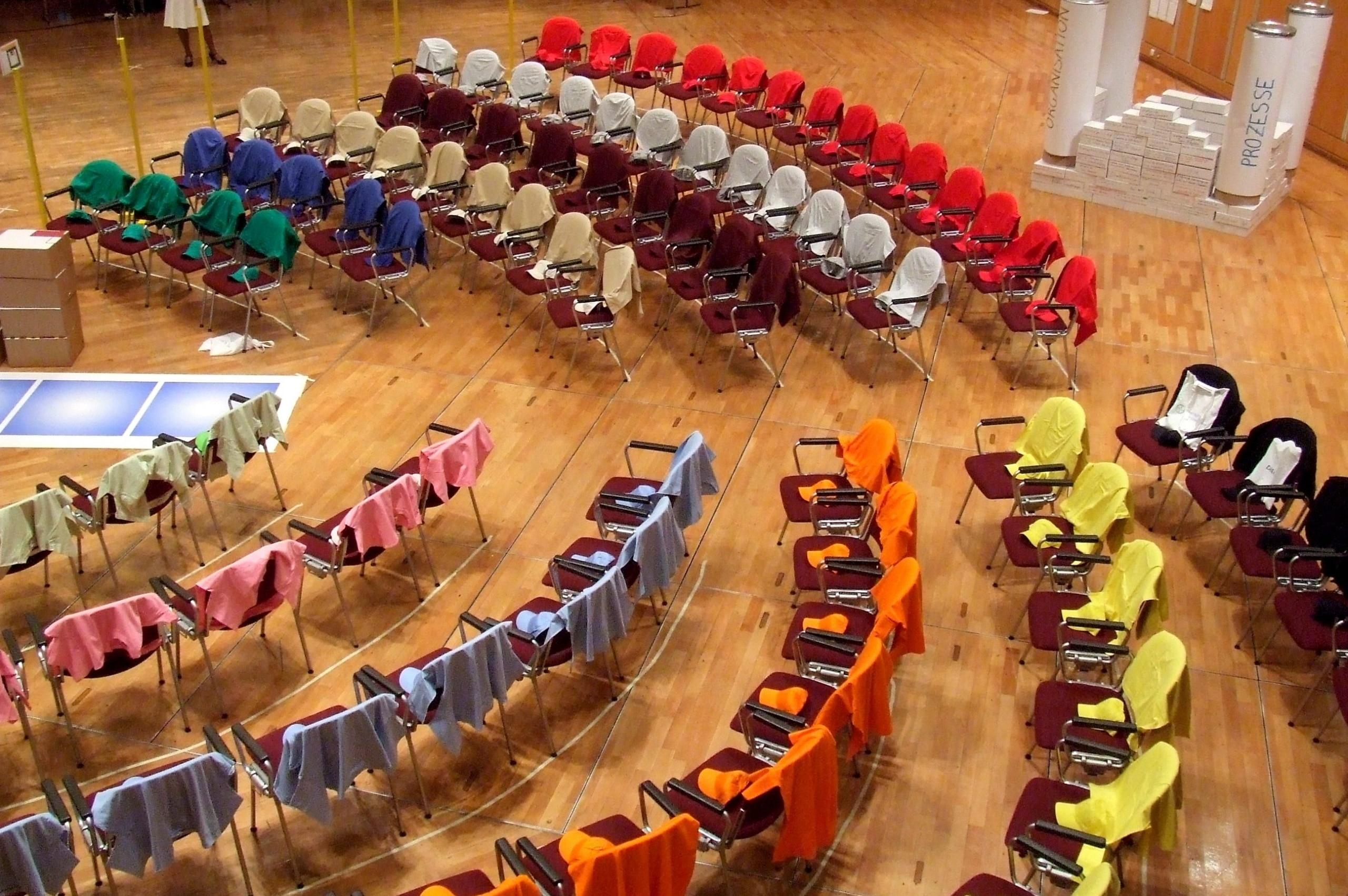 Plenum bei Großgruppenkonferenz